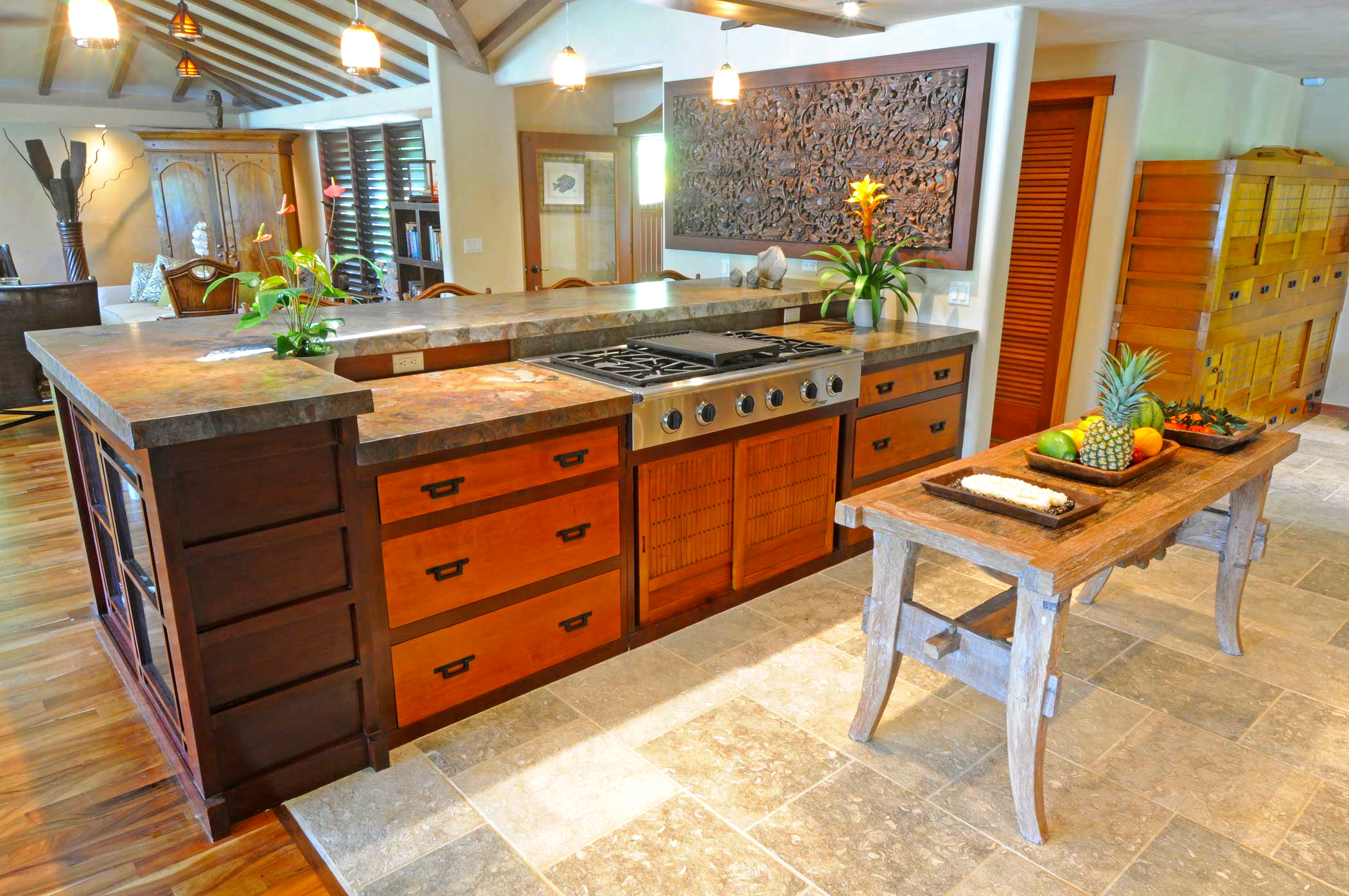 Balinese Kitchen Design Design In Action The Kauai Kitchen Before And After Trilogybuilds